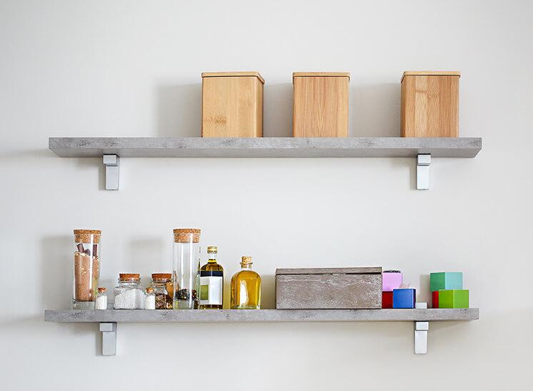 DIYで壁に穴を開けて棚を取り付ける方法
