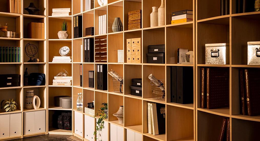 壁面収納の本棚は本棚同士を「つなげる」DIY