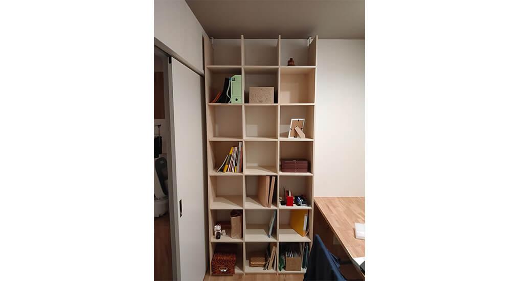 OSAMARUだから見つかったサイズぴったりな本棚